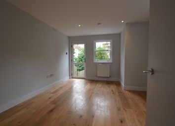 Thumbnail 2 bed flat to rent in Eglinton Hill, London