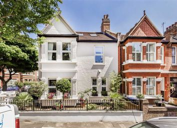 Thumbnail 5 bed property to rent in Alexandra Road, London