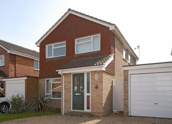 Thumbnail 4 bed detached house to rent in Shefford Crescent, Wokingham