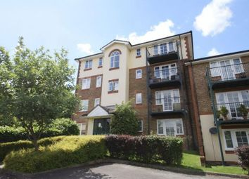 Thumbnail 2 bed flat to rent in Alexandra Park, Queen Alexandra Road, High Wycombe