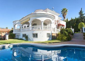 Thumbnail 4 bed villa for sale in Spain, Málaga, Benalmádena, Benalmádena Costa