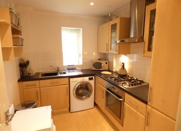 Thumbnail 2 bed flat to rent in Magdalen Street, Colchester