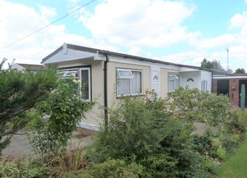 Thumbnail 2 bedroom mobile/park home for sale in Longcroft Drive, Waltham Cross