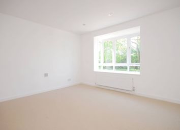 Thumbnail 4 bed property to rent in The Causeway, East Finchley