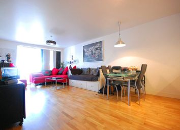 Thumbnail 2 bed flat to rent in Queensbridge Road, Shoreditch