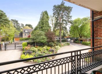 Thumbnail 2 bed flat for sale in Cavendish Road, Weybridge, Surrey