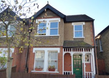 2 bed maisonette to rent in Langdon Road, Bromley BR2