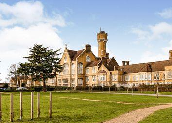 Bunstone Hall, Chapel Drive, Dartford, Kent DA2. 3 bed flat for sale