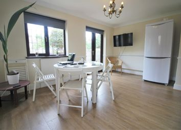 Thumbnail Room to rent in Fordmill, London