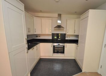 Manor Avenue, Hornchurch RM11. 2 bed flat