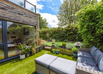 Thumbnail 2 bed flat for sale in Apple Grove, Twickenham