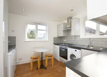 2 bed maisonette to rent in Beverley Road, Hampton Wick, Kingston Upon Thames KT1
