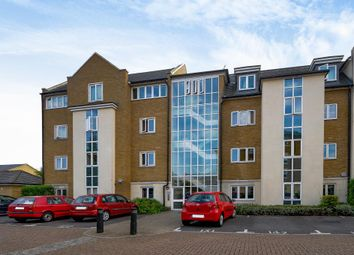 Thumbnail 3 bedroom flat for sale in Reliance Way, Oxford