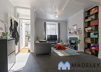 2 bed terraced house to rent in Braemarroad, Brentford TW8
