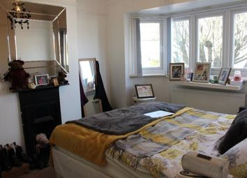 Thumbnail Room to rent in Southview Road, London