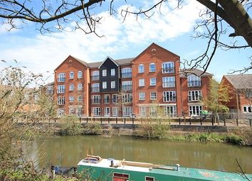 Thumbnail 2 bed flat to rent in Hunters Wharf, Katesgrove Lane, Reading