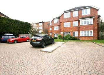 2 bed flat to rent in Greatacre, Chesham HP5