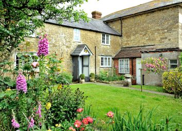 Thumbnail 5 bed property for sale in East Stour, Gillingham