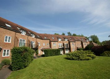 Thumbnail 2 bedroom flat to rent in Two Rivers Way, Newbury