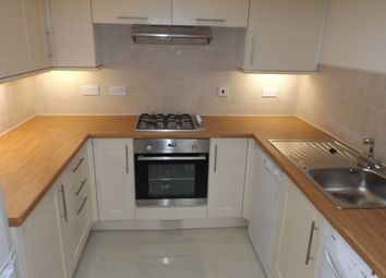 Thumbnail 2 bed flat to rent in Baddow Road, Great Baddow, Chelmsford