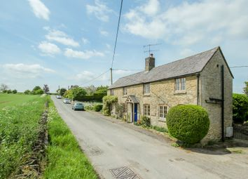 Thumbnail 3 bed cottage for sale in Shipton-Under-Wychwood, Oxfordshire