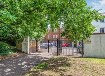Weston Green Road, Thames Ditton, Surrey KT7. Studio for sale