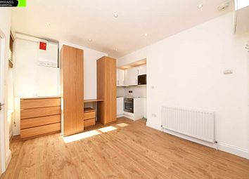 1 bed flat to rent in Ballards Lane, London N3