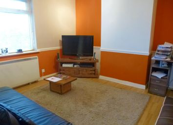 Thumbnail 1 bed flat to rent in Spring Close, Southampton