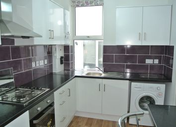 Thumbnail 1 bed flat to rent in High Road, Willesden