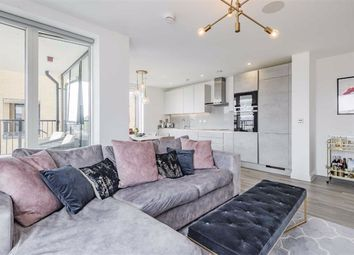 Quayle Crescent, Whetstone, London N20. 2 bed flat for sale