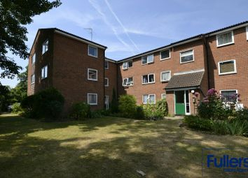 Thumbnail 2 bed flat for sale in Queens Avenue, Winchmore Hill