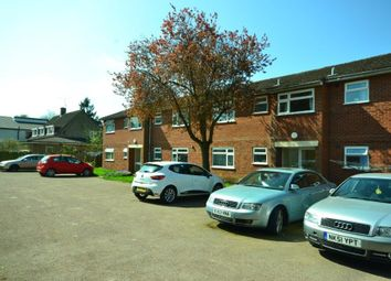 Thumbnail 2 bed flat for sale in Avenue Road, Leicester