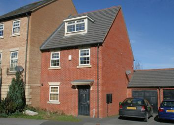 Thumbnail 3 bed town house for sale in Raynville Gardens, Leeds