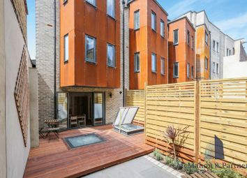 Thumbnail 4 bed town house for sale in 1C House, Comet Street, London
