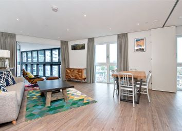 Thumbnail 3 bed flat to rent in New Drum Street, London