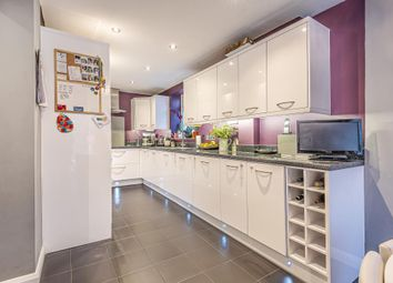 3 bed town house for sale in Lower Sunbury, Middlesex TW16