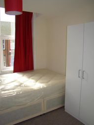 Thumbnail Room to rent in Tosson Terrace, Heaton, Newcastle Upon Tyne