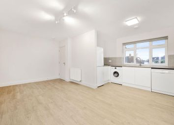Thumbnail 2 bed flat to rent in Noel Road, Acton