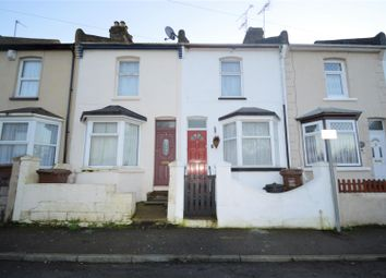 3 bed property to rent in Charter Street, Gillingham ME7