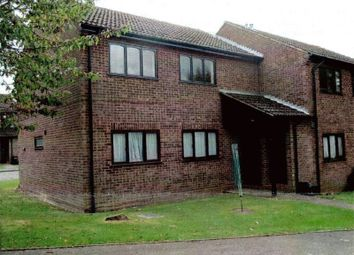 Thumbnail 2 bed flat to rent in Birinus Close, High Wycombe