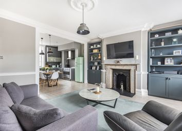 Greenwich South Street, London SE10. 2 bed flat for sale
