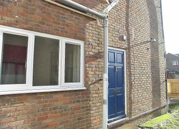 Thumbnail 1 bed flat to rent in Cromwell Road, Polygon, Southampton