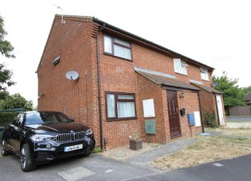 2 bed end terrace house to rent in Beverley Gardens, Bicester OX26