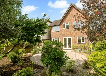 Thumbnail 4 bed detached house to rent in Little Comptons, Horsham