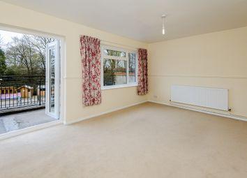 Thumbnail 3 bed flat to rent in Yorktown Road, Sandhurst, Berks