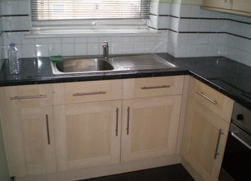 Thumbnail 1 bed flat to rent in Droveway, Loughton, Essex