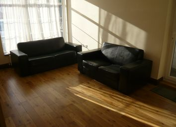 Thumbnail 2 bed flat to rent in Gunnersbury Avenue, Ealing, London