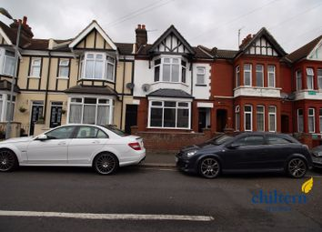 Thumbnail 3 bed terraced house to rent in Chatsworth Road, Luton, Bedfordshire., Luton