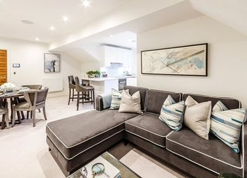 Thumbnail 2 bed flat to rent in Rainville Road, Hammersmith, London