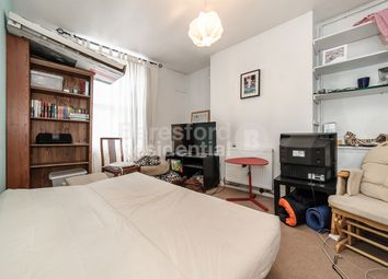 Thumbnail 2 bed flat to rent in Loughborough Road, London